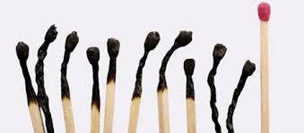 Abgebrannte Steichhölzer Burnout-Prävention